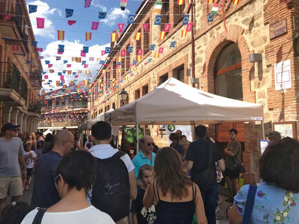 El centro de Miraflores en plena Feria Científica (Fotografía de Antonio Ordóñez Valverde)
